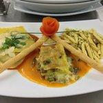 tris di ravioli agli spinaci lasagna di verdure e strozzapreti ai porcini