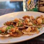 帆立貝のガーリック焼き:ビールのお供に最高