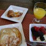 Breakfast at 'The Lodge'