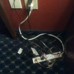 Hotel Cord Mess (Close-up)