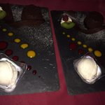 Fondant au chocolat et sa glace à la vanille