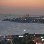 金角湾の景色です