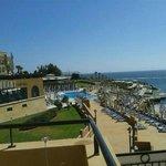 Panoramica dell'hotel sul mare della baia di St. George