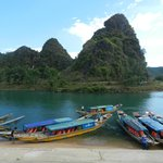 Phong Nha river to the caves