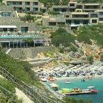 Hotel & Beach.