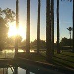 Tidig morgon vid poolen