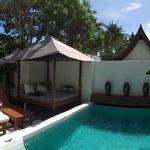 Sala pool villa