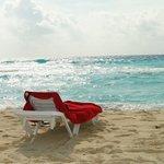 buena playa con harto oleaje