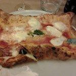 PIZZA A MO'  DEL PIZZAIOILO