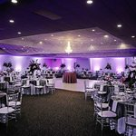 We have several rooms to be used for receptions, reunions, meetings, etc.