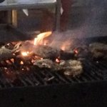 La nourriture brûle et pas de personnel durant 15 a 20 min car ils sont partis manger.