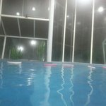 piscina coberta,água bem quentinha