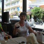 В ресторане разнообразие вкусных вин!
