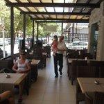 Уютный ресторан!!! Леонид - супер!!!