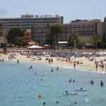 vue de l'hôtel depuis le nord de la plage