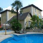 La villa Hugon vue de la Piscine