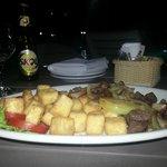 Areá Piscina - Opção do cardápio - Carne de sol e queijo qualho