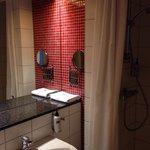 Ванная комната в стандартном номере.