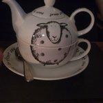 Cute tea set!