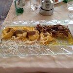 I tortelloni di ricotta e caprini con salsa allo zafferano