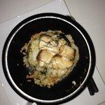 Yellow tail cooked in the bowl (ishi yaki buri bop)