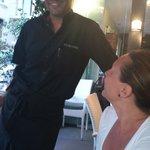 Juan il sinpatico e veloce cameriere