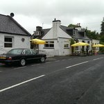 Curlywee Cottage and House o Hill Hotel