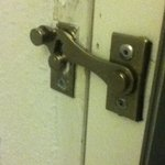 Door that doesn't actually latch, on the first floor... #safety
