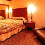 Chambre lit Queen size avec canapé lit