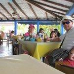 mariscos frescos, buena atencion en el centro de cancun ciudad
