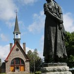 Memorial Church and Evangeline statue