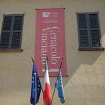 Outside the Cenocolo Vinciano