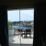 Varanda do quarto - linda vista do rio e do Porto