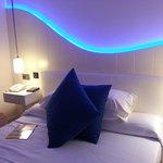 Zimmer neu in blauem Licht