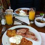 Breakfast on Toby