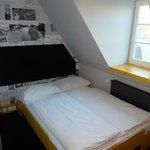 Bett im Zimmer 4. Stock