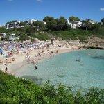 La plage de Cala Mandia