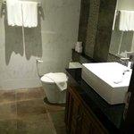 Bathroom Bedroom 1 & 2