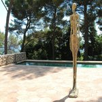 Giacometti courtyard