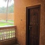 Une belle porte sculptée