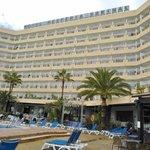 Hotel visto des de la piscina