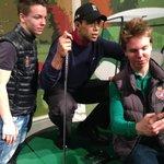 Tiger Woods instruerar