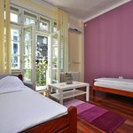2 bed private room