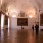 interno di una sala del palazzo