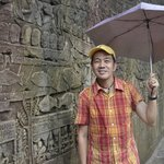 some of the intricate stone carvings along Bayon