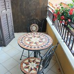Il bel tavolino sul balcone