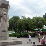 City center: Statue and children playing on the square