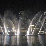 Spectacle des fontaines la nuit