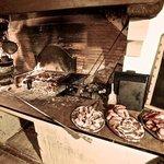 Grillen mit deftigen frischen Fleisch...