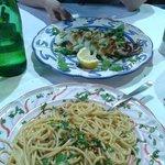 """Spaghetti con """"ricci"""" di mare e Calamaro"""